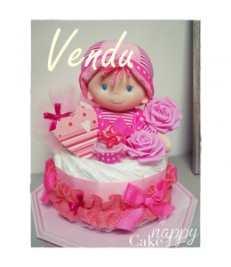 Gateau de couches 1 étage Baby Doll Girly rose Nappy Cake créations