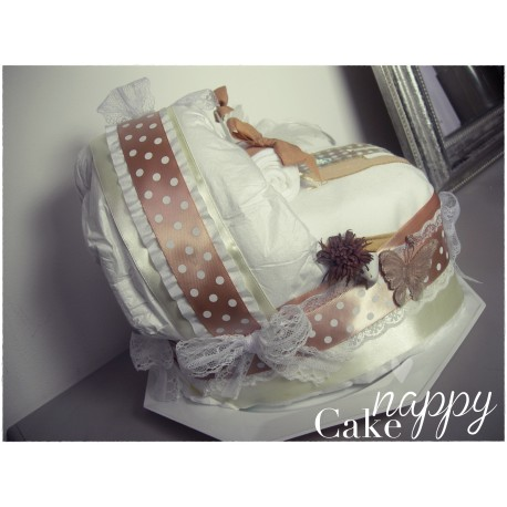 Couffin de couches beige et blanc Girafe Nappy Cake créations
