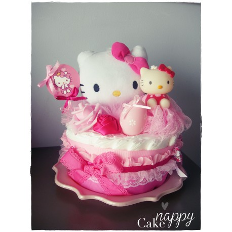 Gateau de couches 1 étage rose Hello Kitty Nappy Cake création