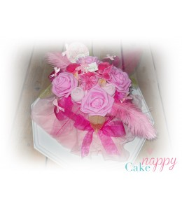 Bouquet de layette rose bonbon Nappy Cake