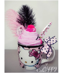 Mug chantilly Charmy Kitty rose et noir  Nappy Cake